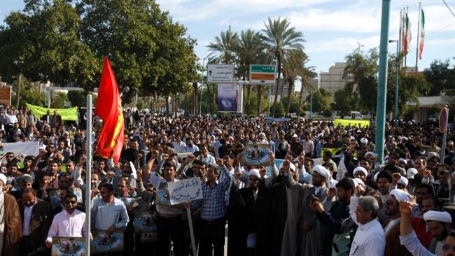Photo of Iranians mark 2009 rallies in support of Islamic establishment
