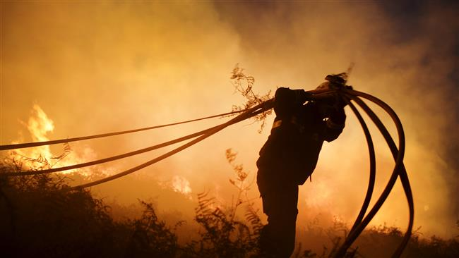 Photo of Spanish firefighters over 130 fires in winter