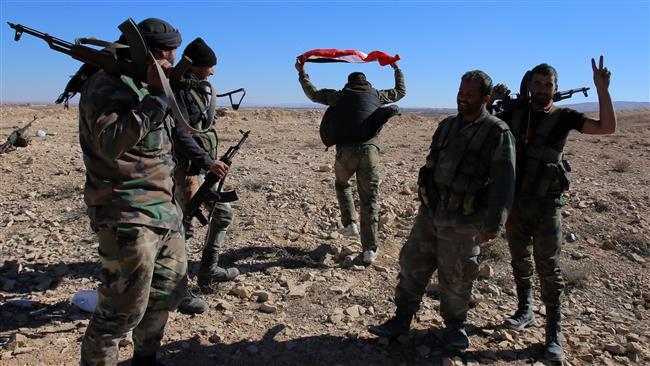 Photo of Syrian army retakes strategic mountain from Takfiris