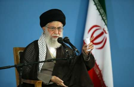 "Photo of Supreme Leader of Islamic Ummah and Oppressed Imam Khamanei: ""Divine Revenge"" Awaits Saudis"