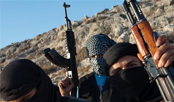 Photo of Al-Nusra Front Forces Children, Women to Wear Suicide Belt in Northern Aleppo