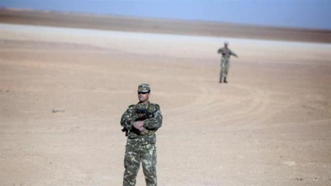Photo of Algerian soldiers kill militants behind gas plant attack