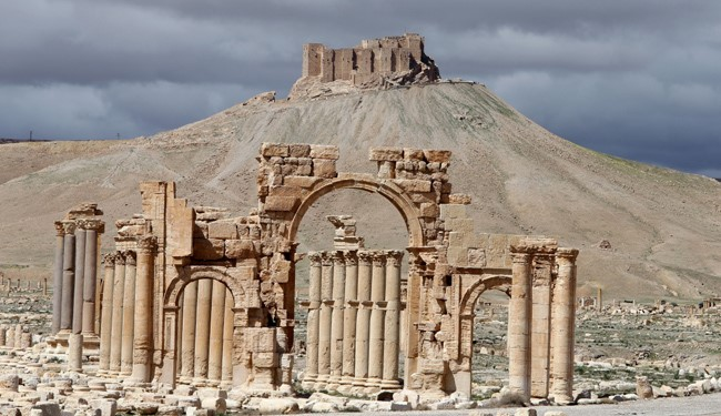 Syrian Army Troops Only 4 Kilometers Away from ISIS-Held Palmyra