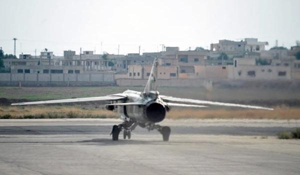 Photo of Syrian Warplanes Hit ISIL Military Convoy Hard in Deir Ezzur