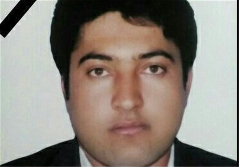 Photo of Iranian Teacher Sacrifices Himself to Save Students' Lives