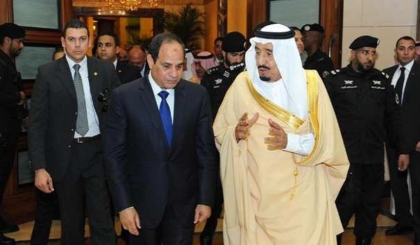 Photo of Senior Politician Reports Widespread Protests against Al-Sissi's Surrender to Saudi King