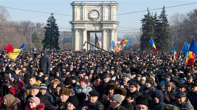 Photo of Thousands march against government in Moldova