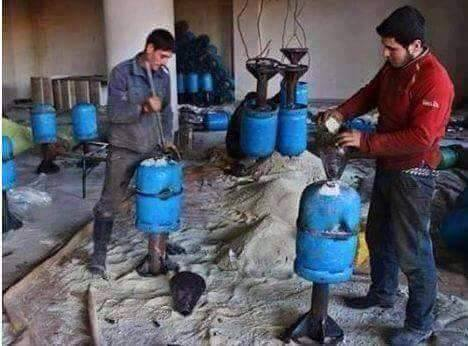 Photo of Photos show terrorists in Syria are producing chemicals