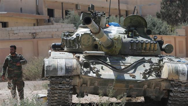 Photo of Syrian troops further advance against militants near Damascus