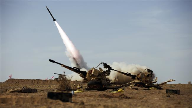 Photo of Iran test-fires artillery rockets in missile drill