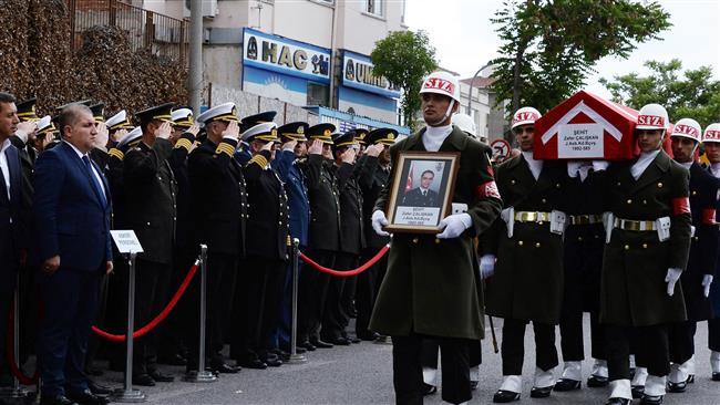 Photo of Four Turkish soldiers fall in roadside blast in Van