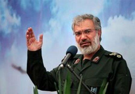 Photo of IRGC commander: Iranians never ceased defending Islamic revolution