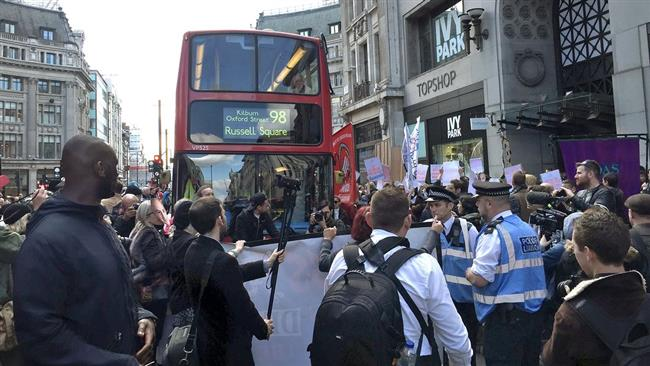 Photo of Protesters clash with London police in labor rally
