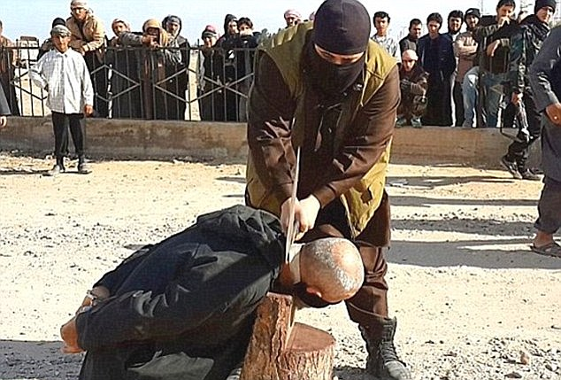 Photo of ISIS executes Iraqis for refusing to join terror group