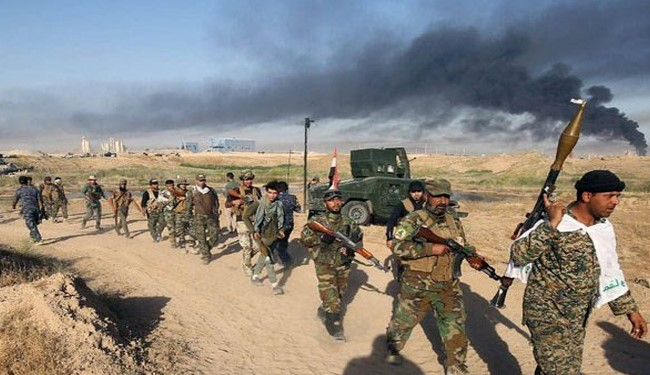 Photo of Iraqi Army Troops Advancing towards Fallujah against ISIS: Cmdr.