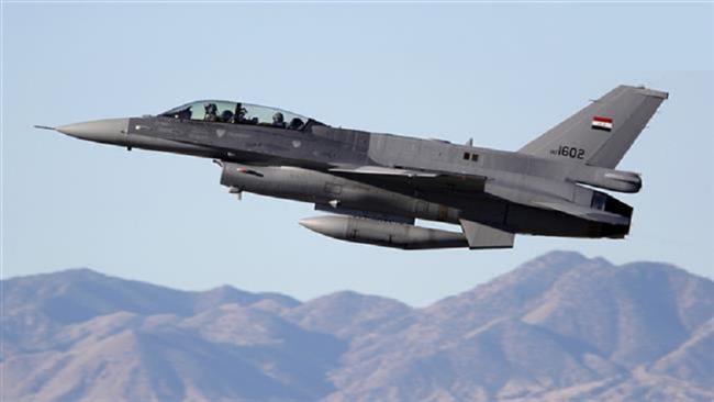 Photo of Iraqi airstrikes kill 3 senior Daesh commanders in Mosul