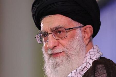 Photo of Supreme Leader Rebukes US for Hostility with Iran over Ideological Differences