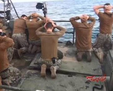us_sailors_being_detained_by_irgc2