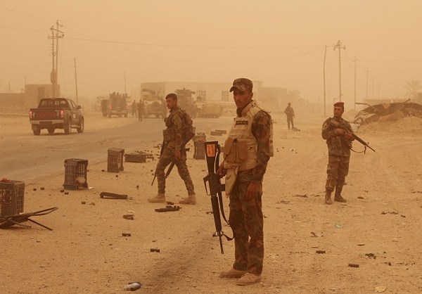 Photo of Photos-Iraqi Army Gains Upper Hand against ISIL in Anbar Province