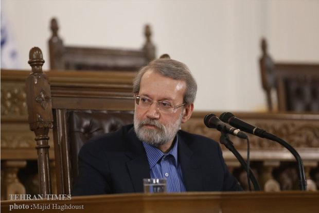 Photo of Sayyed Hakim, Ismail Haniyeh, felicitate Larijani on re-election