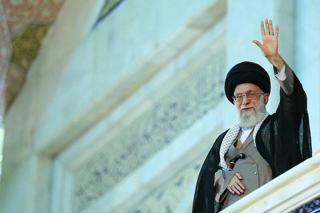 Photo of Ramadan is the month of dignity of Palestine and all Muslims: Ayatollah Khamenei