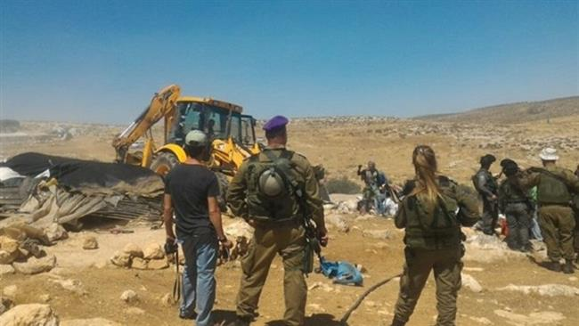Photo of Four injured as zionist forces demolish Palestinian structures