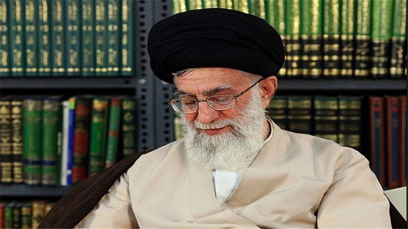 Photo of Supreme Leader condoles death of young Iranian soldiers in bus accident