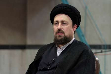 Photo of Late Imam's grandson: Islamic Revolution a divine revolution