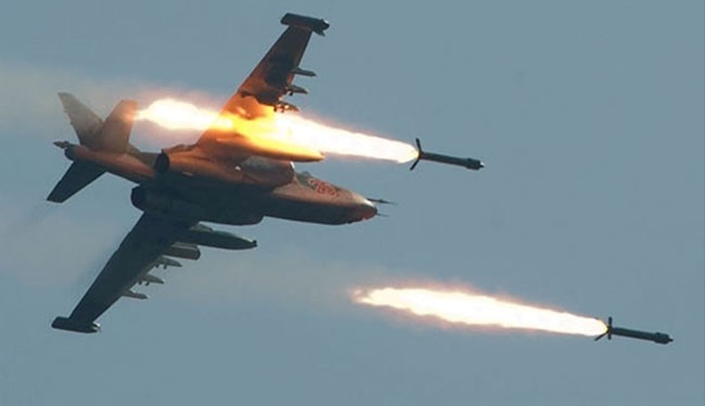 Syrian Air Force Razes Tens of ISIS Ammunition, Fortifications in Raqqa