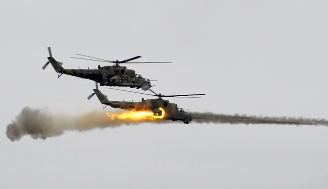Photo of VIDEO: Syrian Army Choppers Pound ISIS in Deir Ezzor, ISIS Withdraws