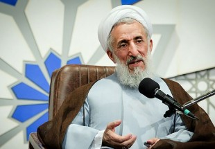 Photo of Top cleric hails role of Imam Khomeini in guiding Iranians