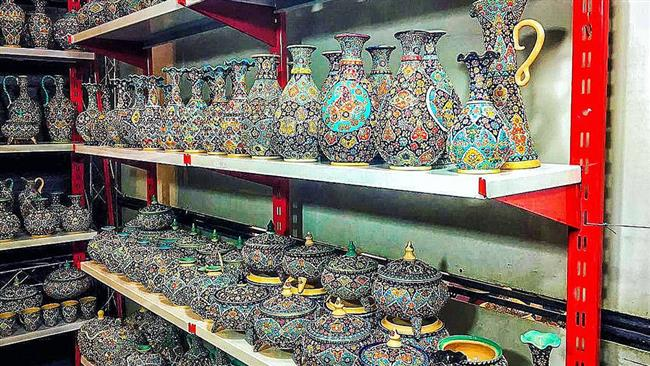 Photo of Two Iranian cities gain world fame for gems, pottery