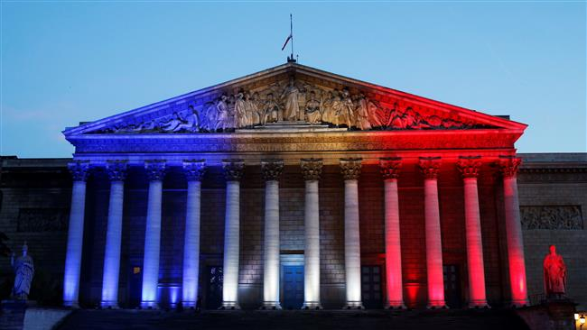 Photo of French parliament extends state of emergency