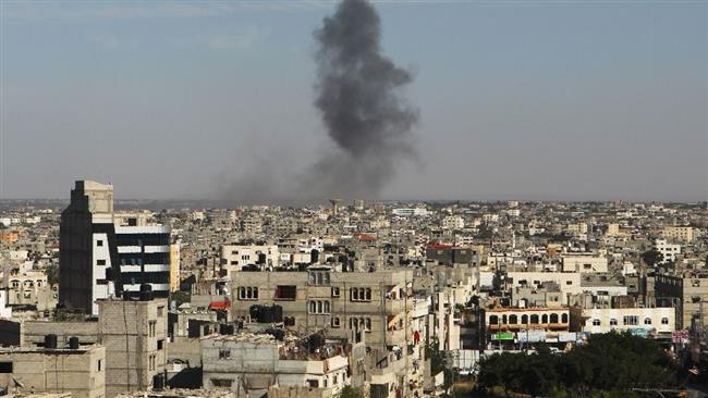 Photo of Israeli warplanes bomb besieged Gaza Strip