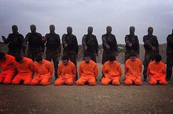ISIS Executes 33 Iraqi Civilians in Qayyara Near Mosul
