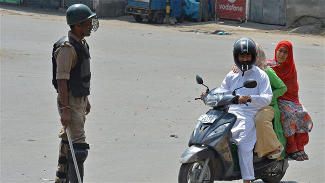Photo of Kashmir curfew extended to prevent anti-India rallies