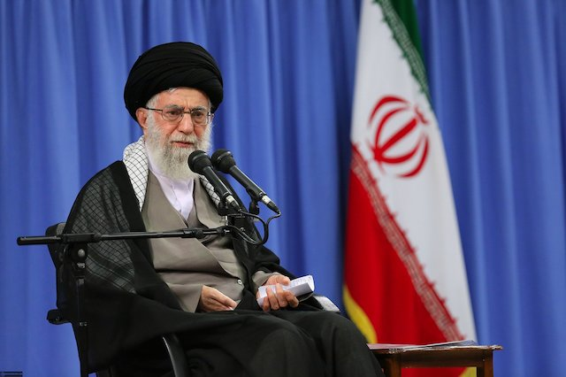 Photo of Our problems with America are not solved by negotiations: Leader of Islamic Ummah and Oppressed Imam Ayatollah Khamenei