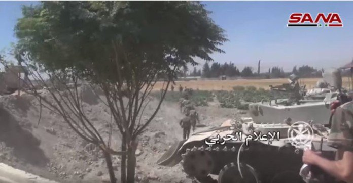 Photo of In Video: Syrian Army expands control in Eastern Ghouta, storms another village