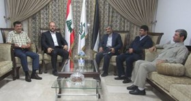 Photo of Hamas representative receives delegation from Iran's embassy in Beirut