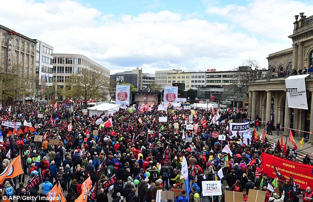 Photo of Thousands stage massive rally in Brussels against US, Canada trade deals