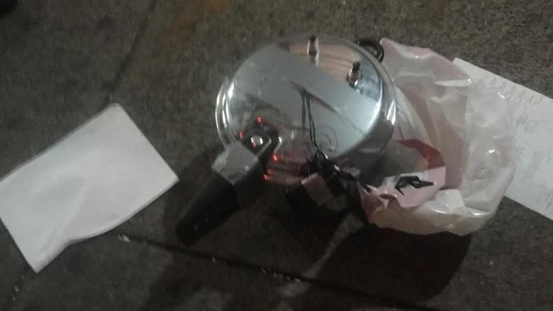 Photo of Moment of New York Blast, 29 Injured; Same Man Near 2 Bomb Sites Found