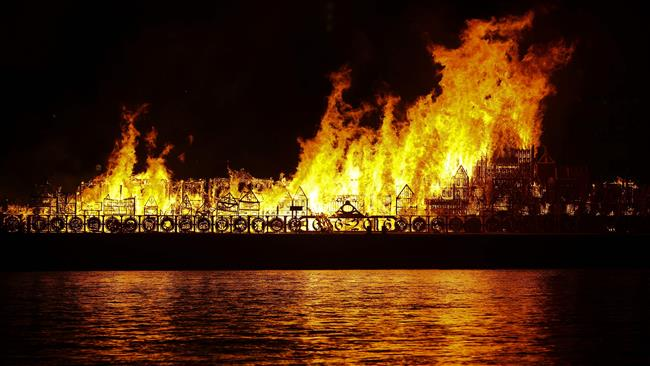 Photo of London marks 350th anniv. of Great Fire