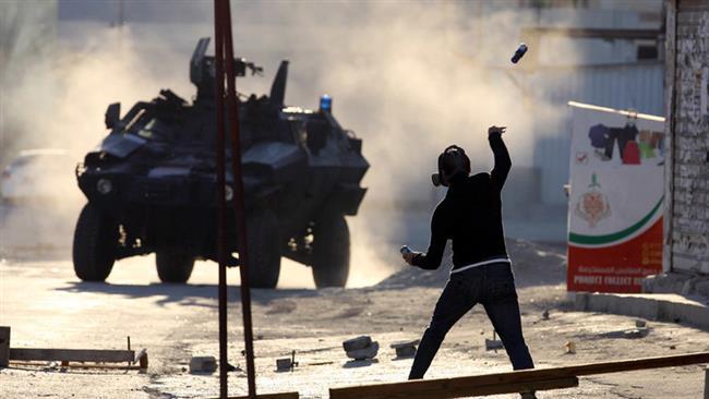 Photo of Bahrain court jails, revokes nationality of 15 dissidents