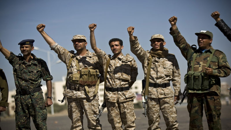 Photo of Yemen training civilians for anti-Saudi battles: Army official
