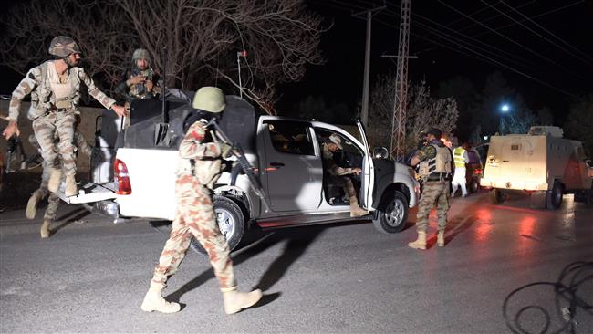 Photo of 6 killed as Pakistani soldiers, militants engage in shootout