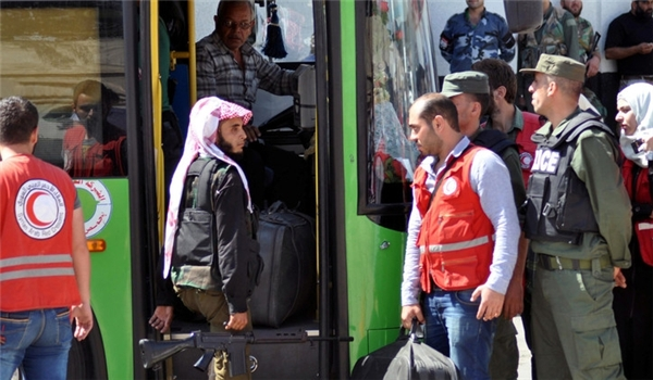 Photo of Wounded Terrorists Leaving Aleppo for Idlib in 20 Buses, 10 Ambulances