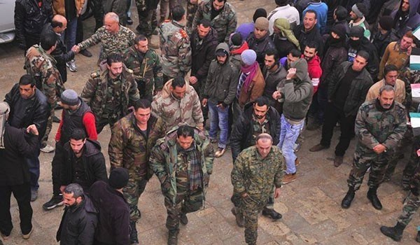 Photo of More Terrorists Surrender to Syrian Army in Aleppo City