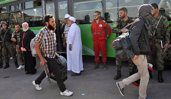 Photo of Syria: Over 2,000 Terrorists, Families Leave Wadi Al-Bardi for Idlib