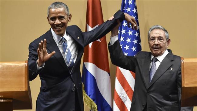 Photo of Cuba's Castro calls for respectful talks with Trump