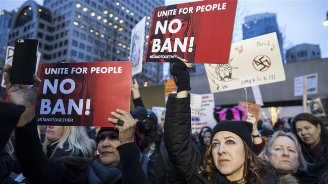 Photo of VIDEO: US protesters denounce enemy of Islam Trump's travel ban on Muslim nations